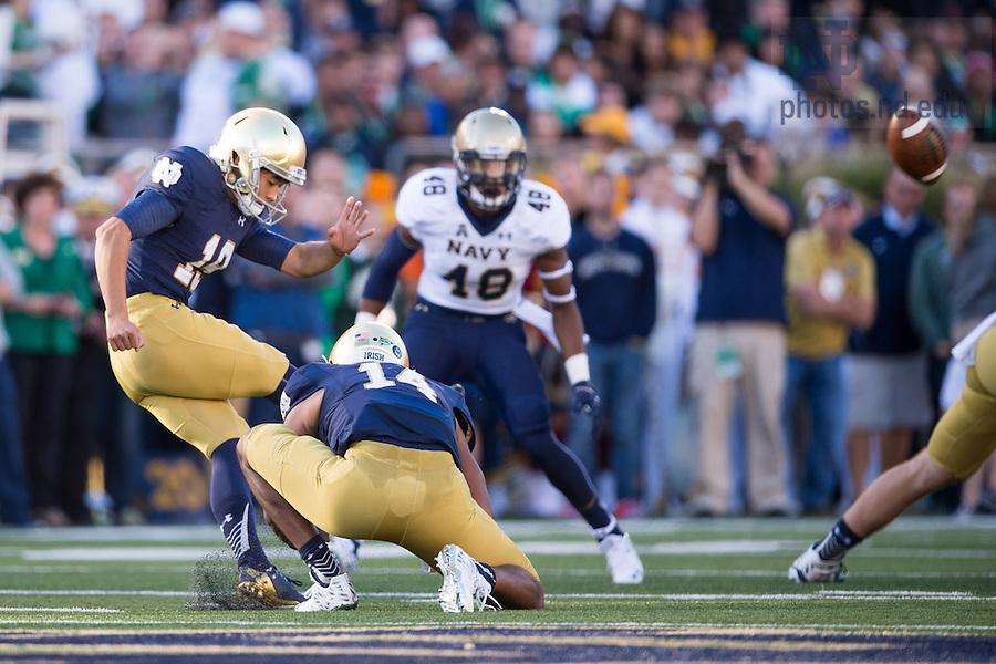 Oct. 10, 2015; Notre Dame Fighting Irish kicker Justin Yoon (19) kicks a 52 yard field goal in the second quarter against the Navy Midshipmen at Notre Dame Stadium. Notre Dame won 41-24. (Photo by Matt Cashore)