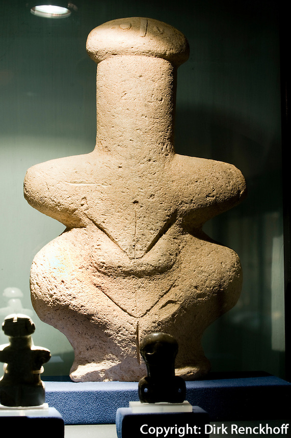 Zypern (Süd), Nationalmuseum in Nicosia (Lefkosia), The Lady of Lempa bei Pafos, 3.Jt. v.Chr.