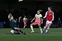 Ellie Roebuck of Manchester City denies Vivianne Miedema of Arsenal during Arsenal Women vs Manchester City Women, FA Women's Continental League Cup Football at Meadow Park on 29th January 2020