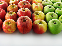 Fresh mixed apples