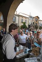"""Europe/France/Aquitaine/40/Landes/Labastide-d'Armagnac: lors de la fête :""""l'Armagnac en Fête """" démonstration de cuisine régionale"""