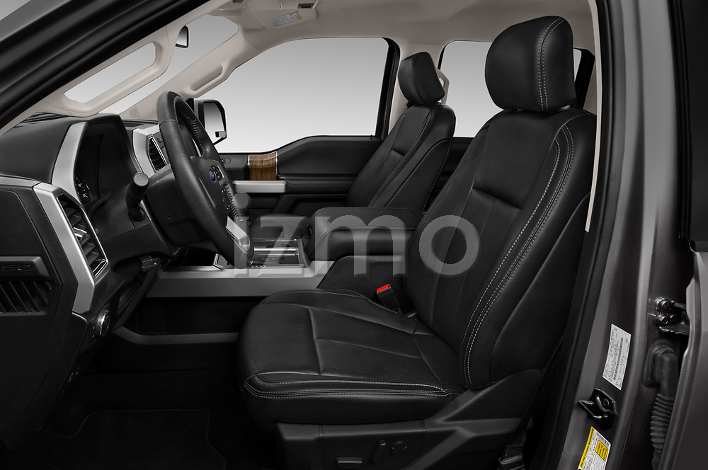 Front seat view of 2020 Ford F-150 Lariat 4 Door Pick-up Front Seat  car photos