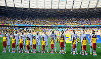BELO HORIZONTE - BRASIL -14-06-2014. Jugadores de Colombia (COL) durante los actos protocolarios previo al partido del Grupo C contra Grecia (GRC) por la Copa Mundial de la FIFA Brasil 2014 jugado en el estadio Mineirao de Belo Horizonte./ Players of Colombia (COL) during the formal events prior the Group C match against Grece (GRC) for the 2014 FIFA World Cup Brazil played at Mineirao stadium in Belo Horizonte. Photo: VizzorImage / Alfredo Gutiérrez / Contribuidor