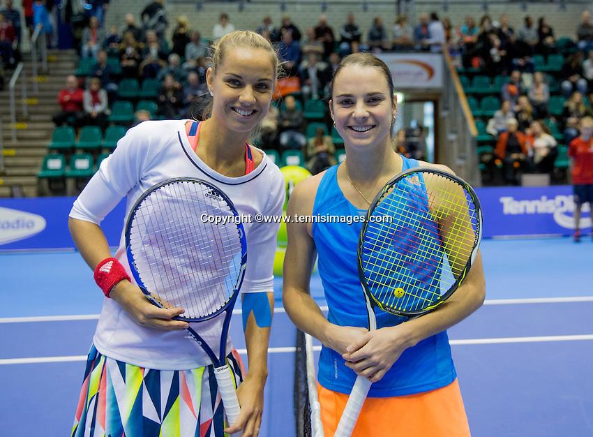 Rotterdam, Netherlands, December 18, 2016, Topsportcentrum, Lotto NK Tennis,  Final lady's single: Arantxa Rus vs Bibiane Schoofs (R) <br /> Photo: Tennisimages/Henk Koster