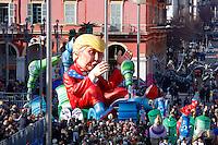 Nice le 19 Fevrier 2107 Place Massena unique sotie du Corso Carnavalesque Parada Nissarda de jour Wind of Change