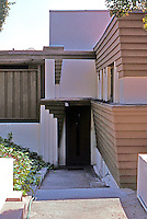 Lloyd Wright: Taggart House--Entrance.  Photo '91.