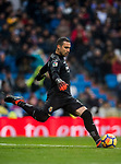 Goalkeeper Sergio Asenjo Andres of Villarreal CF in action during the La Liga 2017-18 match between Real Madrid and Villarreal CF at Santiago Bernabeu Stadium on January 13 2018 in Madrid, Spain. Photo by Diego Gonzalez / Power Sport Images