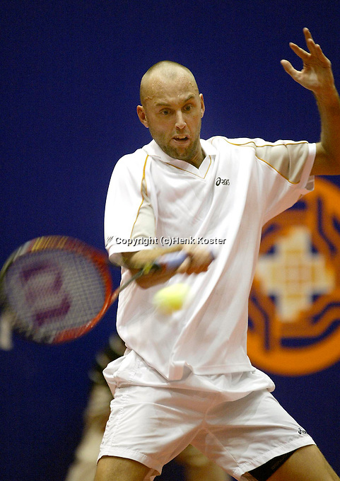 20031210, Rotterdam, LSI Masters,Peter Wessels in zijn partij tegen  Standaart