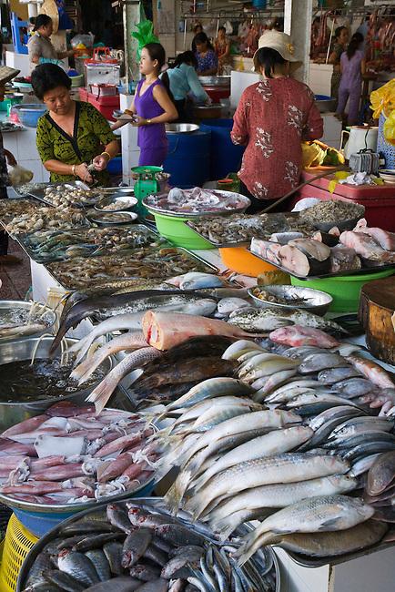 Numerous varieties of fish on sale outside the BEN THANH MARKET - HO CHI MINH CITY (SAIGON), VIETNAM