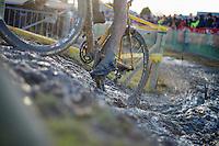 pedalling up<br /> <br /> 2014 Noordzeecross<br /> Elite Men