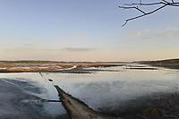Pinhas (PR), 11/08/2020 - Abastecimento-Paraná - Seca do rio Iraí em Pinhas na região Metropolitana de Curitiba, nesta terça-feira (11). Novas medidas para garantir o fornecimento de água na Região Metropolitana de Curitiba (RMC), entre elas um racionamento mais rígido que pode chegar gradativamente a até quatro vezes por semana para cada unidade.