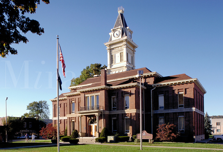 Carroll County Courthouse. Carrollton Kentucky.