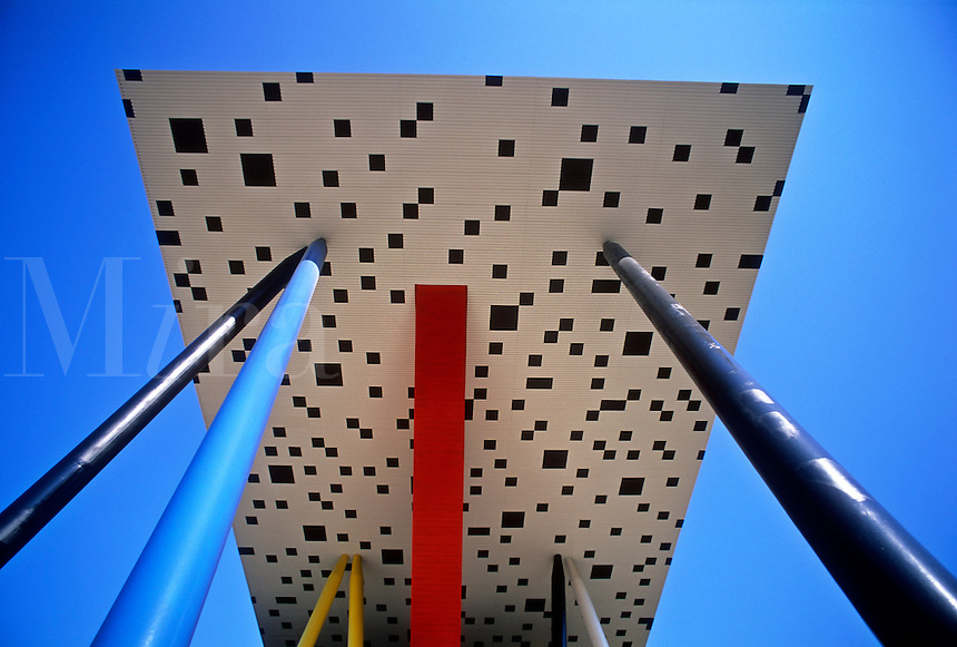 Canada, Ontario, Toronto, Ontario College of Art,.New addition by architect Will Alsop