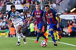 Deportivo de La Coru?a's Celso Borges and FC Barcelona's Neymar Santos Jr during the La Liga match between Futbol Club Barcelona and Deportivo de la Coruna at Camp Nou Stadium Spain. October 15, 2016. (ALTERPHOTOS/Rodrigo Jimenez)