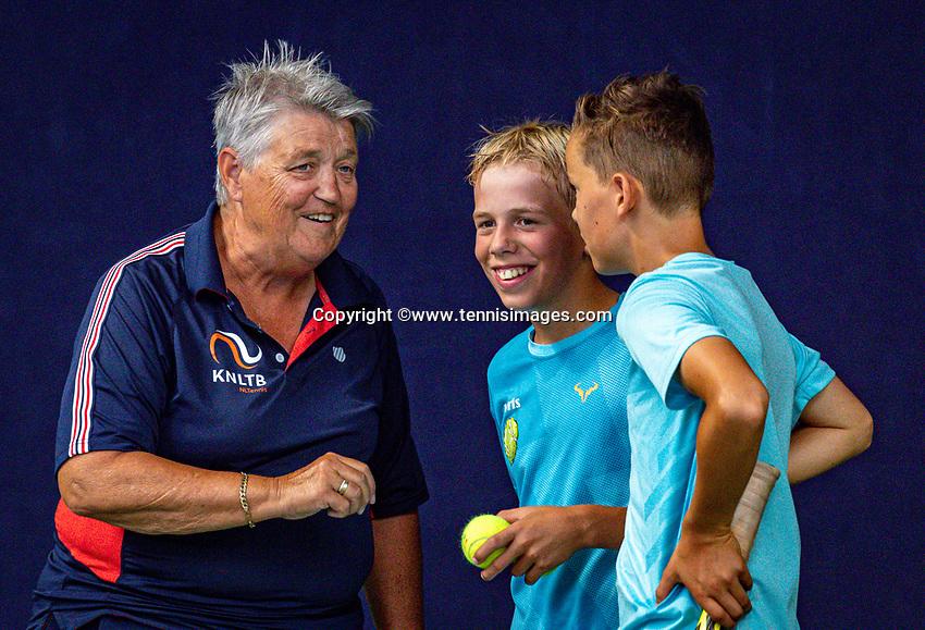 Hilversum, Netherlands, Juli 31, 2019, Tulip Tennis center, National Junior Tennis Championships 12 and 14 years, NJK, Boys Doubles: umpire<br /> Photo: Tennisimages/Henk Koster