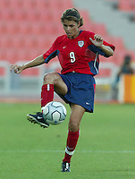 20 August 2004:  Mia Hamm in action against Japan during the quarterfinals at Kaftanzoglio Stadium in Thessaloniki, Greece.     USA defeated Japan, 2-1 .   Credit: Michael Pimentel / ISI