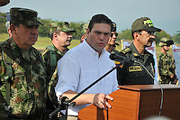 VILLAVICENCIO - COLOMBIA. 23-01-2014. Ministro de Defensa Juan Carlos Pinzon  presenta fuerte balance operacional donde destaca la neutralizacion de 56 miembros de las Farc y 6 del Eln en operaciones conjuntas y coordinadas entre las Fuerzas Militares y la Policia Nacional / Juan Carlos Pinzon  Minister of Defence has strong operational balance which highlights the neutralization of 56 members of the FARC and ELN 6 in joint operations coordinated between the Armed Forces and the National Police.Photo:VizzorImage / Mauricio Orjuela / Ministerio de Defensa Nacional