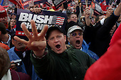 Hershey, Pennsylvania.USA.October 21, 2004..25,000 Bush supporters at a Bush rally.