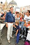 LUIGI DE MAGISTRIS<br /> MANIFESTAZIONE PER LA LIBERTA' DI STAMPA PROMOSSA DAL FNSI<br /> PIAZZA DEL POPOLO ROMA 2009