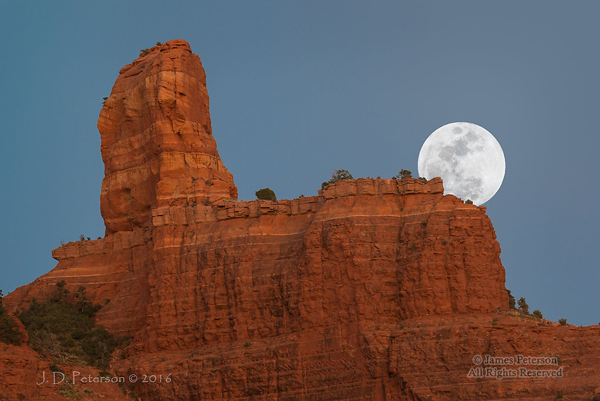 Moonrise over Steamboat Rock, Arizona