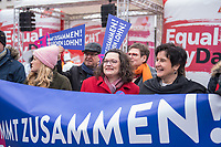 """Kundgebung des Deutschen Gewerkschaftsbund (DGB), des Sozialverbands Deutschland (SovD) und Deutscher Frauenrats am Montag den 18. Maerz 2019 in Berlin zum """"Equal PayDay"""".<br /> Der Equal PayDay (EPD), der internationale Aktionstag fuer Lohngleichheit zwischen Frauen und Maennern, macht auf die bestehende Ungerechtigkeit in der Bezahlung von Frauen gegenueber Maennern aufmerksam und wird in zahlreichen Laendern an unterschiedlichen Tagen begangen. In Deutschland markiert der Aktionstag symbolisch die Lohnluecke zwischen Frauen und Maennern. Die durchschnittliche Lohndifferenz von 21Prozent entspricht einem Zeitraum von 77 Kalendertagen im Jahr.<br /> An der Kundgebung des DGB nahmen etliche Politikerinnen und Politiker teil.<br /> Im Bild: Andrea Nahles, Vorsitzende der Sozialdemokratischen Partei Deutschlands, SPD.<br /> 18.3.2019, Berlin<br /> Copyright: Christian-Ditsch.de<br /> [Inhaltsveraendernde Manipulation des Fotos nur nach ausdruecklicher Genehmigung des Fotografen. Vereinbarungen ueber Abtretung von Persoenlichkeitsrechten/Model Release der abgebildeten Person/Personen liegen nicht vor. NO MODEL RELEASE! Nur fuer Redaktionelle Zwecke. Don't publish without copyright Christian-Ditsch.de, Veroeffentlichung nur mit Fotografennennung, sowie gegen Honorar, MwSt. und Beleg. Konto: I N G - D i B a, IBAN DE58500105175400192269, BIC INGDDEFFXXX, Kontakt: post@christian-ditsch.de<br /> Bei der Bearbeitung der Dateiinformationen darf die Urheberkennzeichnung in den EXIF- und  IPTC-Daten nicht entfernt werden, diese sind in digitalen Medien nach §95c UrhG rechtlich geschuetzt. Der Urhebervermerk wird gemaess §13 UrhG verlangt.]"""