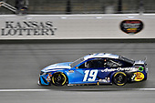 #19: Martin Truex Jr., Joe Gibbs Racing, Auto Owner's Insurance Toyota Camry