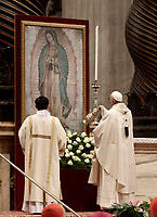 Papa Francesco celebra una Messa in occasione della festa della Madonna di Guadalupe, patrona dell'America Latina, nella Basilica di San Pietro in Vaticano, 12 dicembre 2017. <br /> Pope Francis celebrates a mass on the occasion of the feast of Our Lady of Guadalupe (Madonna di Guadalupe) patroness of Latin America in Saint Peter's Basilica at the Vatican on December 12, 2017.<br /> UPDATE IMAGES PRESS/Isabella Bonotto<br /> <br /> STRICTLY ONLY FOR EDITORIAL USE