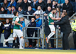 James Keatings celebrates with Alan Stubbs after scoring his second goal for Hibs