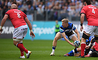 25th September 2021; The Recreation Ground, Bath, Somerset, England; Gallagher Premiership Rugby, Bath versus Newcastle Falcons; Ollie Fox of Bath passes from a ruck