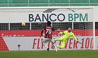 Milano  29-11-2020<br /> Stadio Giuseppe Meazza<br /> Campionato Serie A Tim 2020/21<br /> Milan - Fiorentina<br /> nella foto:     Kessie rigore                     <br /> foto Antonio Saia Kines Milano