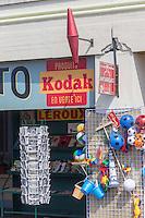 France, Pas-de-Calais (62), Côte d'Opale, Berck : Détail d'une boutique d'articles de plage //  France, Pas de Calais, Cote d'Opale (Opal Coast), Berck:  Detail of a boutique beach items
