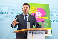 Bundesminister fuer wirtschaftliche Zusammenarbeit und Entwicklung, Dr. Gerd Mueller, CSU, und der Bundesminister fuer Arbeit und Soziales, Hubertus Heil, SPD (im Bild), luden am Dienstag den 14. Juli 2020 in Berlin zu einer gemeinsamen Pressekonferenz ein, um die Ergebnisse des Monitorings im Rahmen des Nationalen Aktionsplans Wirtschaft und Menschenrechte (NAP) zu kommentieren.<br /> 14.7.2020, Berlin<br /> Copyright: Christian-Ditsch.de<br /> NUR FUER REDAKTIONELLE ZWECKE! Werbung nur auf Anfrage beim Fotografen. [Inhaltsveraendernde Manipulation des Fotos nur nach ausdruecklicher Genehmigung des Fotografen. Vereinbarungen ueber Abtretung von Persoenlichkeitsrechten/Model Release der abgebildeten Person/Personen liegen nicht vor. NO MODEL RELEASE! Don't publish without copyright Christian-Ditsch.de, Veroeffentlichung nur mit Fotografennennung, sowie gegen Honorar, MwSt. und Beleg. Konto: I N G - D i B a, IBAN DE58500105175400192269, BIC INGDDEFFXXX, Kontakt: post@christian-ditsch.de<br /> Bei der Bearbeitung der Dateiinformationen darf die Urheberkennzeichnung in den EXIF- und  IPTC-Daten nicht entfernt werden, diese sind in digitalen Medien nach §95c UrhG rechtlich geschuetzt. Der Urhebervermerk wird gemaess §13 UrhG verlangt.]