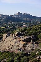 Blick von Santa Lucia in Arzachena in die Gallura, Provinz Olbia-Tempio, Nord Sardinien, Italien
