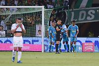MEDELLIN - COLOMBIA, 01-02-2020: Jugadores del Jaguares celebran después de anotar el primer gol durante partido por la fecha 3 de la Liga BetPlay DIMAYOR I 2020 entre Atlético Nacional y Jaguares de Córdoba jugado en el estadio Atanasio Girardot de la ciudad de Medellín. / Players of Jaguares celebrate after scoring the first goal during match for the date 3 as part of BetPlay DIMAYOR League I 2020 between Atletico Nacional and Jaguares de Cordoba played at Atanasio Girardot stadium in Medellín city. Photo: VizzorImage / Leon Monsalve / Cont