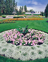 Allysum and petunia circle. Duncan Garden. Manito Park. Spokane, Washington