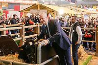 PARIS LE 28 / 02 / 2017<br /> BRUNO LE MAIRE AU SALON DE L AGRICULTURE .