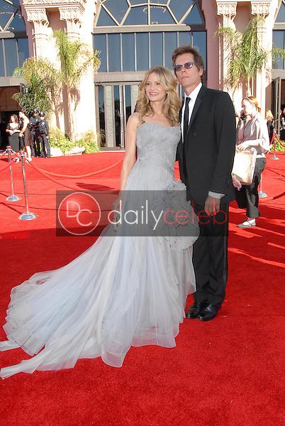 Kyra Sedgwick and Kevin Bacon<br />arriving at the 58th Annual Primetime Emmy Awards. The Shrine Auditorium, Los Angeles, CA. 08-27-06<br />Scott Kirkland/DailyCeleb.com 818-249-4998