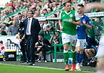 Hibs v St Johnstone….24.08.19      Easter Road     SPFL <br />Saints boss Tommy Wright shouts instructions<br />Picture by Graeme Hart. <br />Copyright Perthshire Picture Agency<br />Tel: 01738 623350  Mobile: 07990 594431