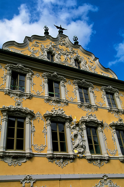GERMANY, WURZBURG, OLD TOWN, FALKENHAUS(FALCON HOUSE), BAROQUE MANSION, ROCOCO STUCCO-WORK