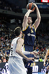 Real Madrid's Rudy Fernandez (l) and Alba Berlin's Jannik Freese during Euroleague match.March 12,2015. (ALTERPHOTOS/Acero)