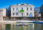 Oesterreich, Salzburger Land, Salzburg: Mirabellgarten und Galerie Thaddaeus Ropac | Austria, Salzburger Land, Salzburg: Mirabell Garden and, Gallery Thaddaeus Ropac