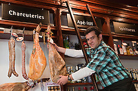 Europe/France/Aquitaine/64/Pyrénées-Atlantiques/Pays Basque/Biarritz: Pierre Arostéguy - Epicerie Arostéguy [Non destiné à un usage publicitaire - Not intended for an advertising use]