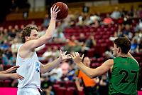 GRONINGEN - Basketbal, Donar - Groen Uilen, voorbereiding seizoen 2021-2022, 21-08-2021,  Donar speler Austin Luke  met Noah Tinga