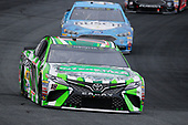 #18: Kyle Busch, Joe Gibbs Racing, Toyota Camry Interstate Batteries and #4: Kevin Harvick, Stewart-Haas Racing, Ford Fusion Busch Beer