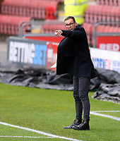 Crewe Alexandra manager David Artell shouts instructions to his team from the technical area<br /> <br /> Photographer Rich Linley/CameraSport<br /> <br /> The EFL Sky Bet League One - Crewe Alexandra v Blackpool - Saturday 17th October 2020 - Gresty Road - Crewe<br /> <br /> World Copyright © 2020 CameraSport. All rights reserved. 43 Linden Ave. Countesthorpe. Leicester. England. LE8 5PG - Tel: +44 (0) 116 277 4147 - admin@camerasport.com - www.camerasport.com