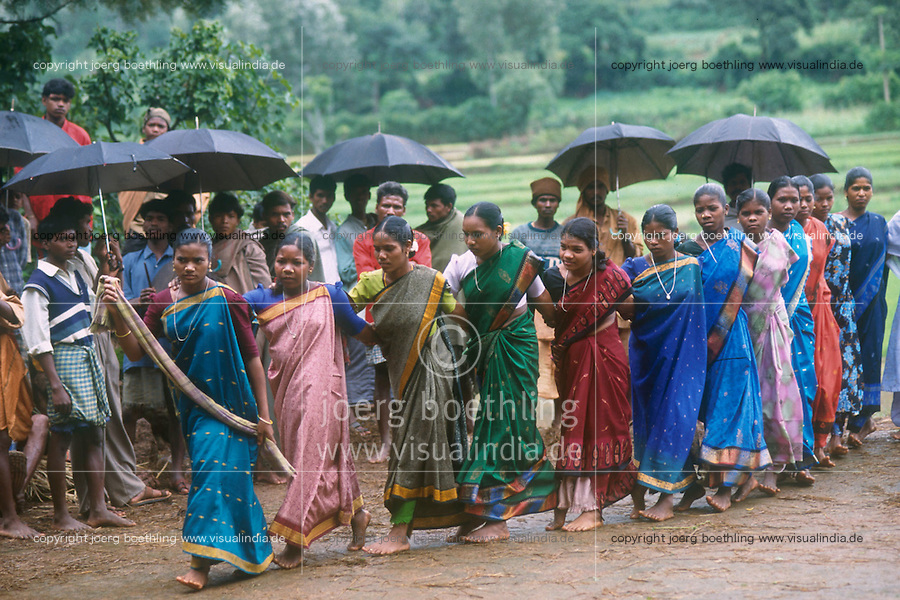 INDIA Andhra Pradesh, aid project for Adivasi in villages in Araku / INDIEN Andhra Pradesh, aid project of NGO Chaitanya Shravanthi from Visakhapatnam fuer Adivasi in Doerfern in Araku