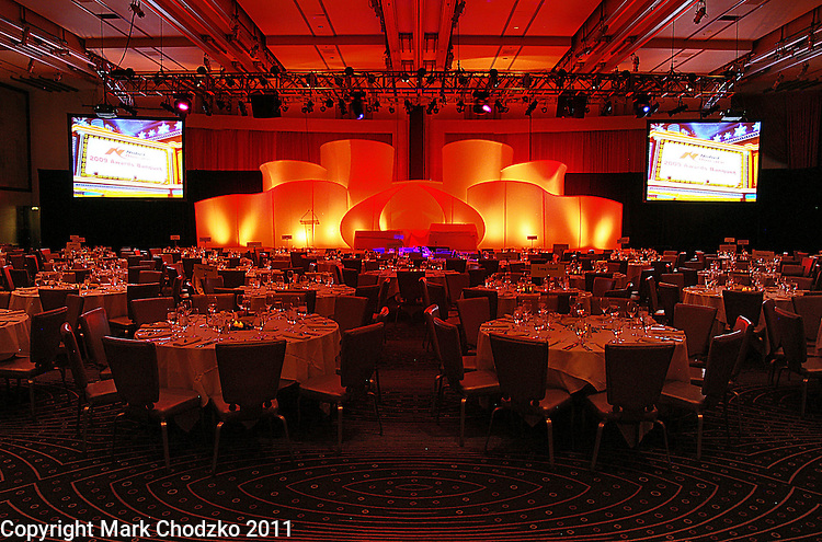 Corporate meetings and event photography. Publicity, photojournalism.