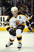 February 17th 2007:  Glen Murray (27) of the Boston Bruins looks for the puck vs. the Buffalo Sabres at HSBC Arena in Buffalo, NY.  The Bruins defeated the Sabres 4-3 in a shootout.