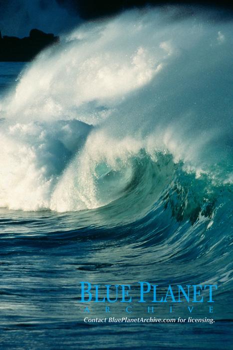 wave breaking, Waimea Bay, North Shore, Oahu, Hawaii