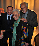 SILVIO BERLUSCONI CON OTTAVIO E ROSITA MISSONI<br /> PREMIO GUIDO CARLI - TERZA  EDIZIONE<br /> PALAZZO DI MONTECITORIO - SALA DELLA LUPA<br /> CON RICEVIMENTO  HOTEL MAJESTIC   ROMA 2012